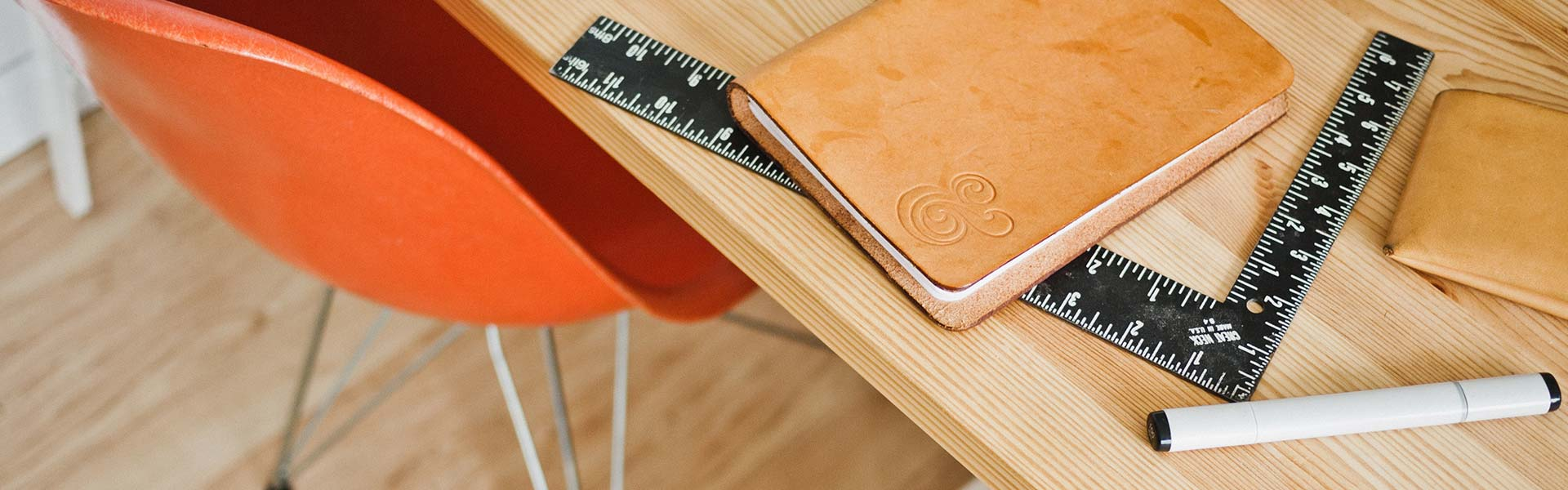 about-desk-thin